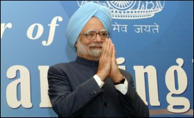 Manmohan Singh at the civic reception, hosted in his honour at Port of ...