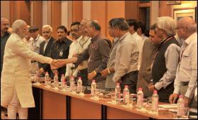 modi-meeting-bureaucrats.jpg