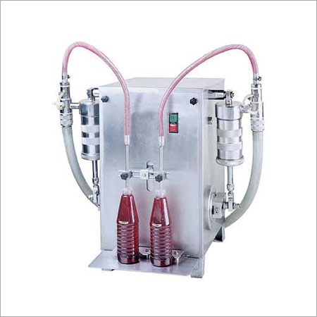 Semi Automatic Twin Heads Liquid Filling Machine