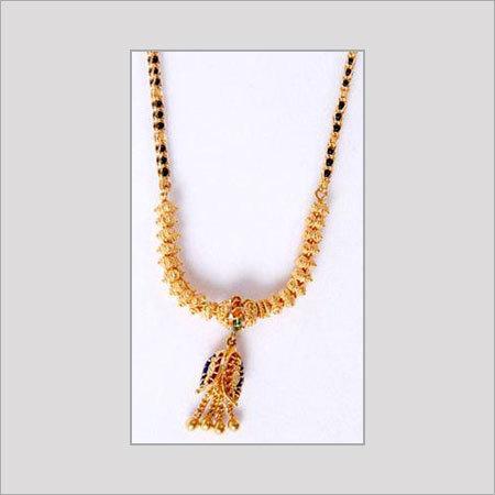 GOLD SHORT MANGALSUTRA