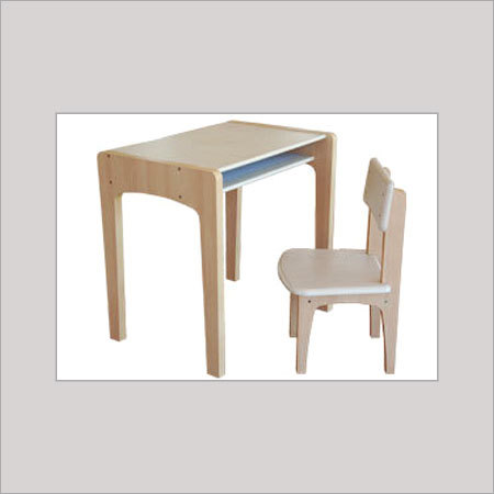 INSTITUTE TABLE & CHAIR