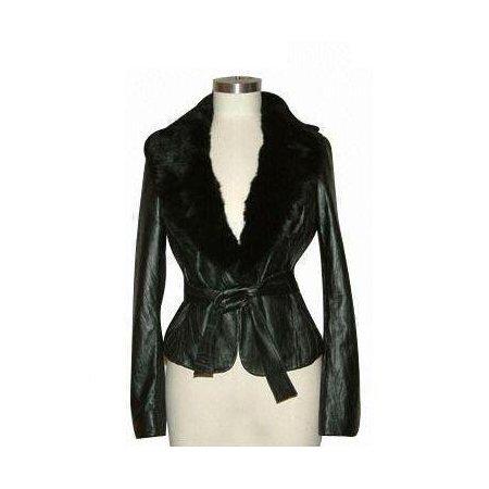 Women's clothing 100% guarantee from REI