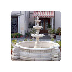 English Fountain With Pool Surround