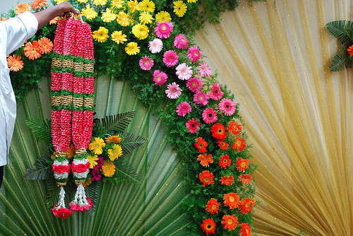 Wedding Garland in Madurai, Tamil Nadu, India - Sabari Agency