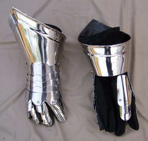 Battle Gloves