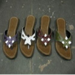 Ladies Leather Chappal