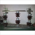 Double Break Isolator 