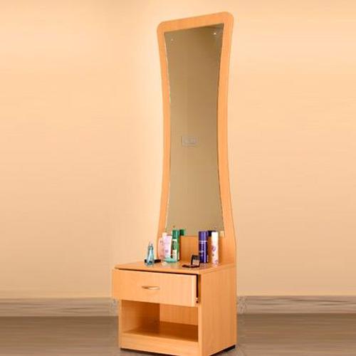 Wooden Furniture Design Dressing Table : Dressing Tables
