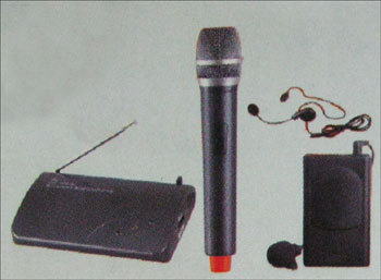 Wireless Microphones (Port 100h)
