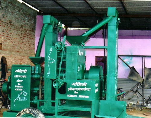 Traveling Rice Mill
