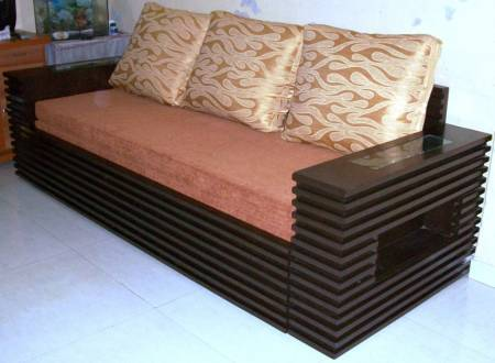 Wooden sofa cum bed in mumbai maharashtra india iris for Wooden sofa come bed design