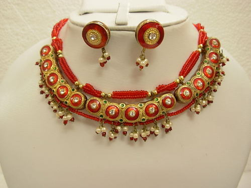 Gemstone and Jewelry business in Jaipur ( India), the colorstone hub