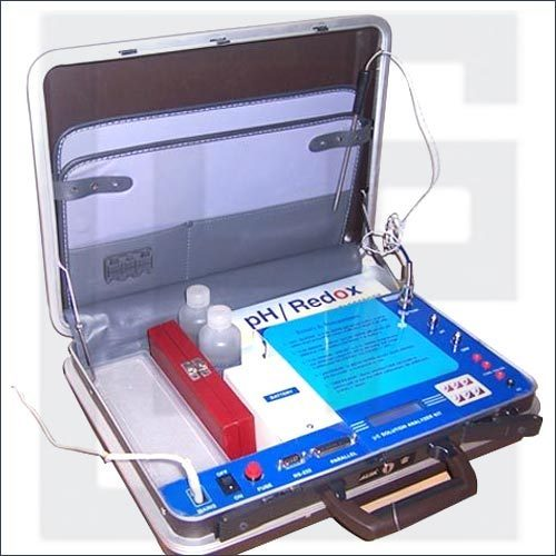 Water & Soil Analysis Kit