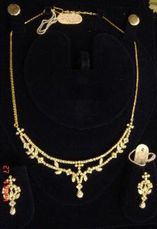 Elegant Design Diamond Necklace Set in Infantary Road ...