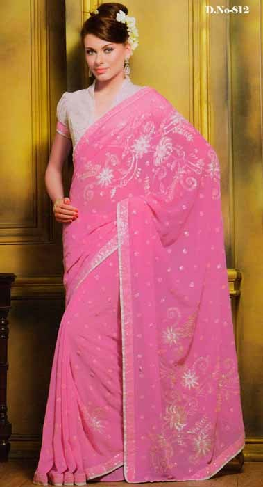 Beautiful Saree With Contrast Blouse