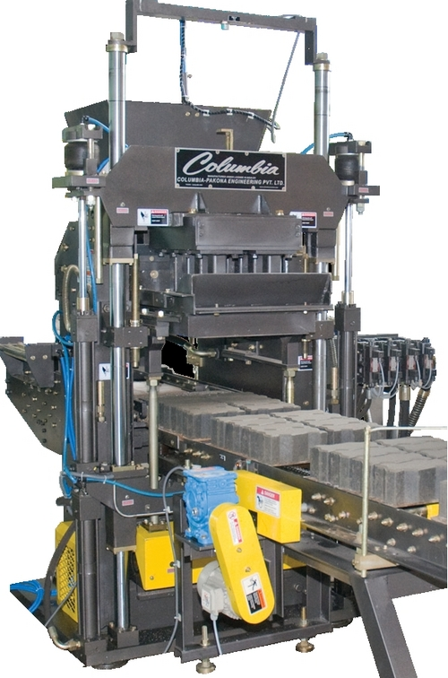 Cement Block Machines : Hydraulically operated concrete block machine in vadodara