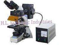 Trincular Research Microscope