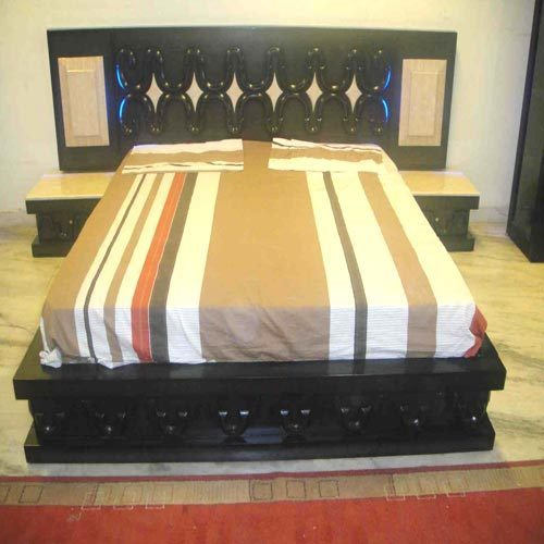 Designer double bed in whs kirti nagar new delhi delhi for Double bed new design