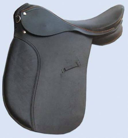 Dressage Saddle With Contrast Piping At Seat