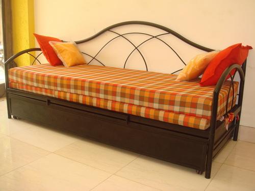 Wrought iron sofa cum bed in chembur mumbai maharashtra india oliver metal furniture - Reasons choose wrought iron bed ...
