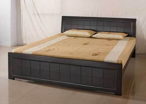 Wooden bed design in india home design for Simple bed designs