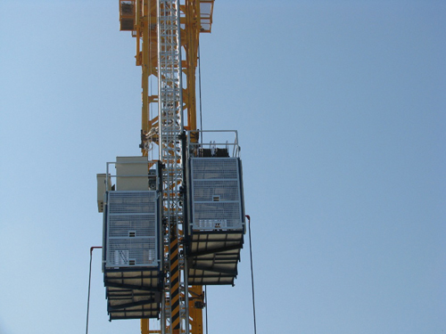 Passenger And Material Building Hoist Sc200