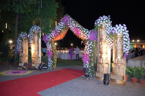 Wedding decorations mumbai all the best ideas about marriage wedding decorations in kandivali e mumbai maharashtra junglespirit Image collections