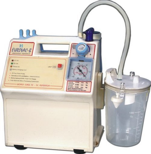 Su18 - Portable Battery Operated Suction Unit (Eurovac B)