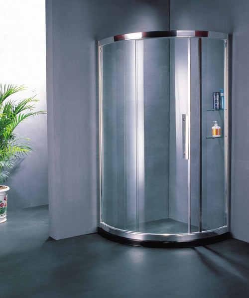 Arc-Shaped Sliding Door Shower Room