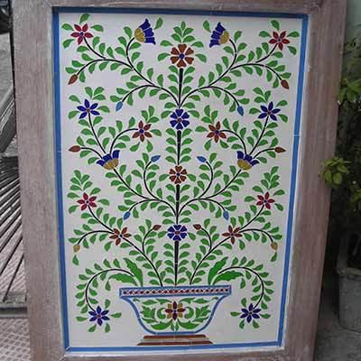 Thikri Color Glass Panel