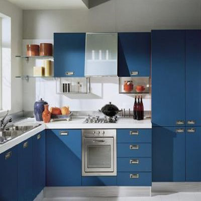 creating a custom kitchen island when remodeling the kitchen