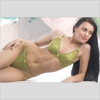 GREEN COLOR LADIES LINGERIE SET