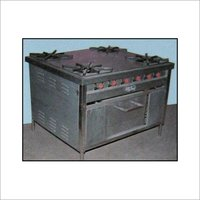 4 Burner Cooking Range
