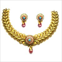 Golden Leaves Bridal Necklace Set