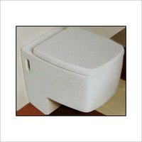 FLOOR MOUNTED WATER CLOSET
