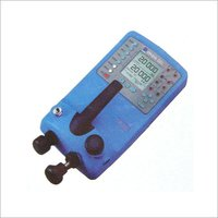 PORTABLE PNEUMATIC PRESSURE GAUGE CALIBRATOR
