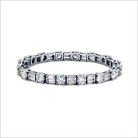 DIAMOND STUDDED WHITE GOLD BRACELET