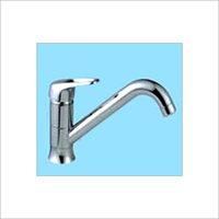 Vertical kitchen faucet