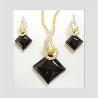 Black Onyx Diamonds Necklace
