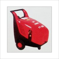 HOT & COLD WATER HIGH PRESSURE CLEANER