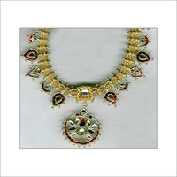 DESIGNER ANTIQUE GEMSTONE NECKLACE