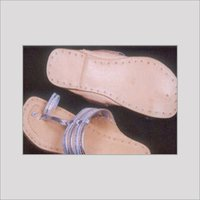 Ladies Kolhapuri Chappals