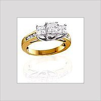 Designer Gold Ring With Studded Diamond