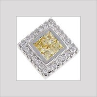 DESIGNER WHITE DIAMOND PENDANT