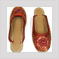 Leather Beaded Mojaris