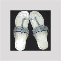Metallic Silver Kolhapuri Chappals