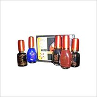 LADIES NAIL PAINTS
