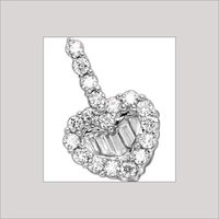 LADIES HEART SHAPE DIAMOND PENDANT