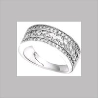 LADIES DIAMOND ROUND RINGS
