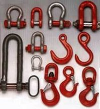 DEE SHACKLES BOW SHACKLES & HOOKS